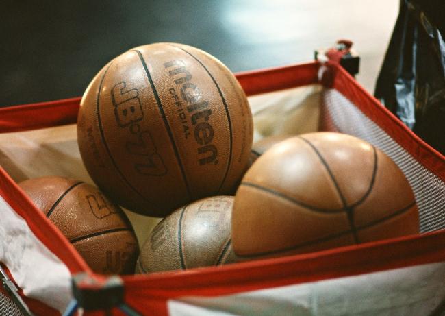 zol素材 高清图片 体育图片 篮球图片下载  z金豆:0 下载量:1 请进行